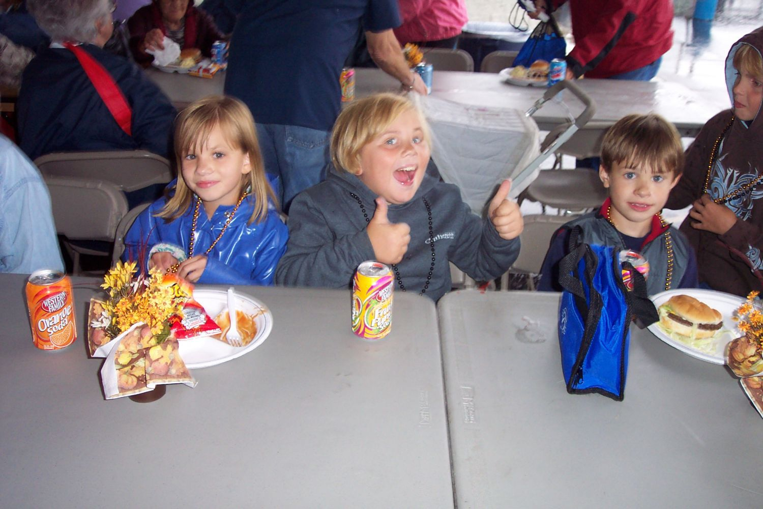 Children enjoying with families in Scio, OR