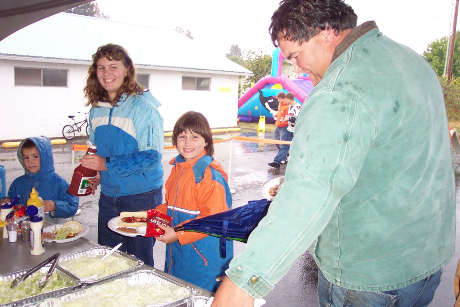 Families having fun together in Scio, OR