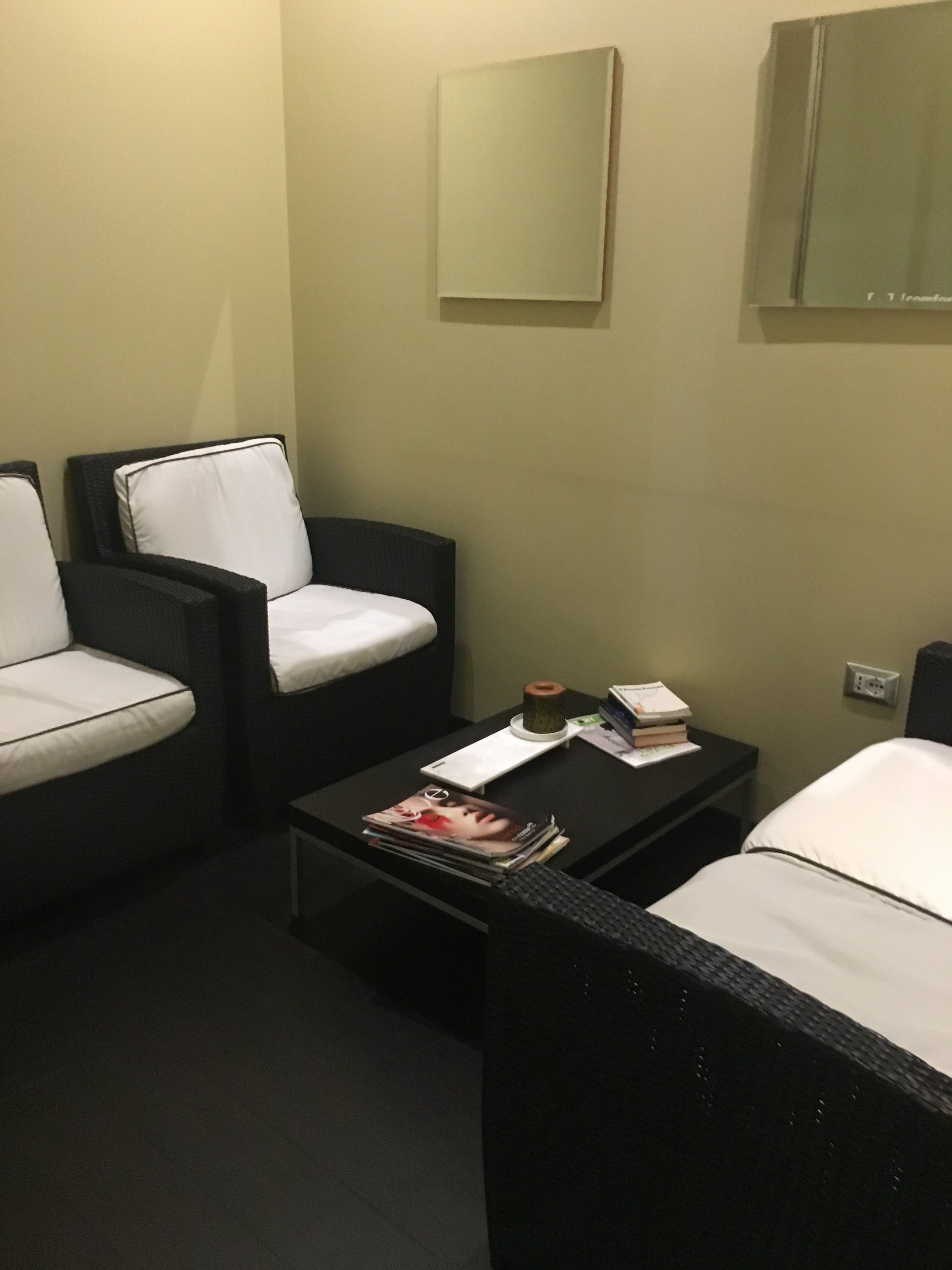 sala di attesa del centro estetico