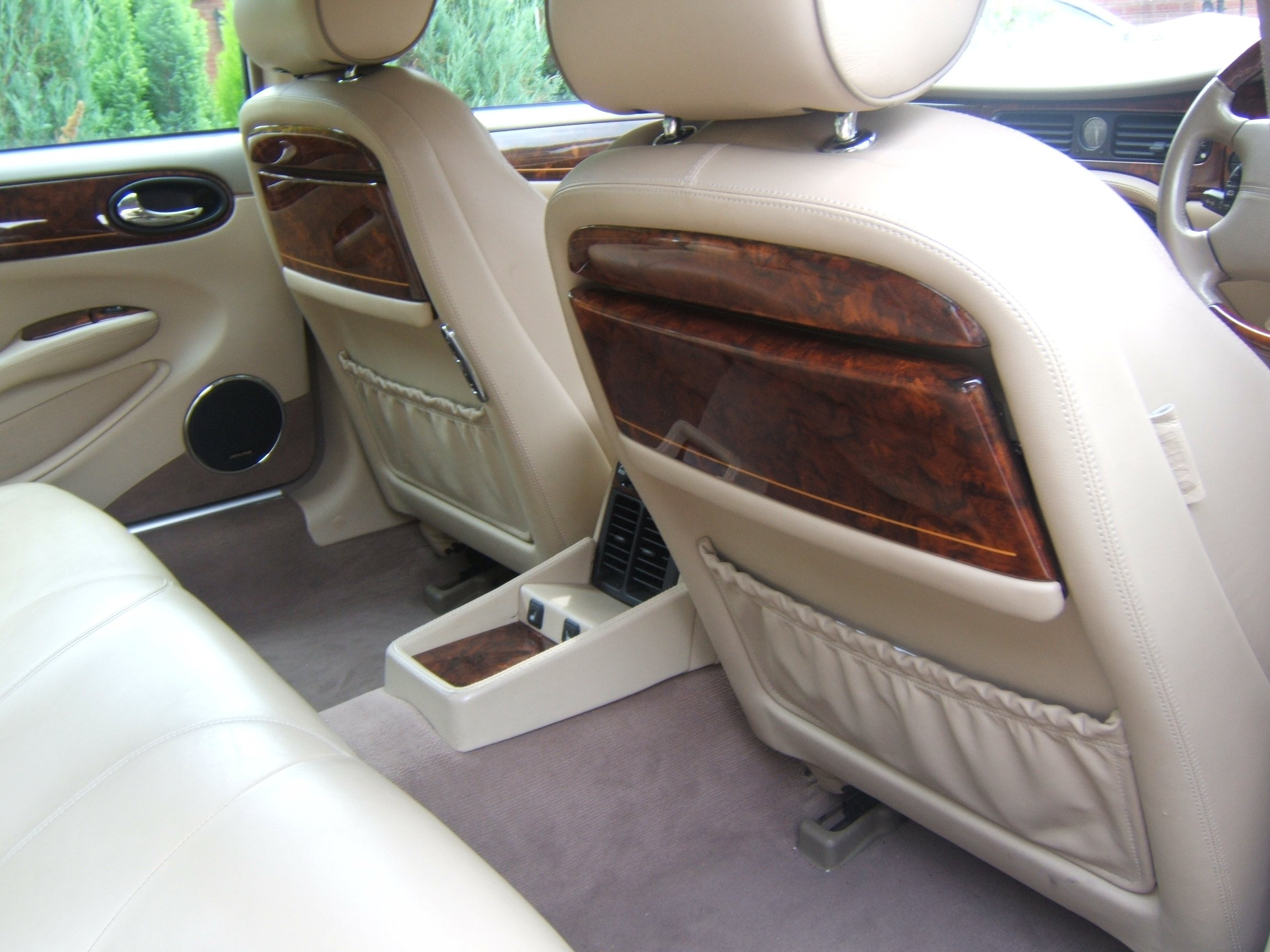 wedding cars rental