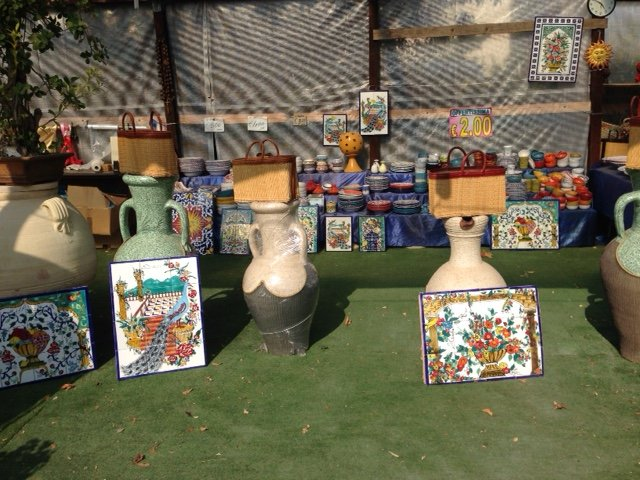 vasi di ceramica per terra