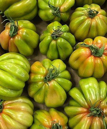 Primo piano di incredibili peperoni