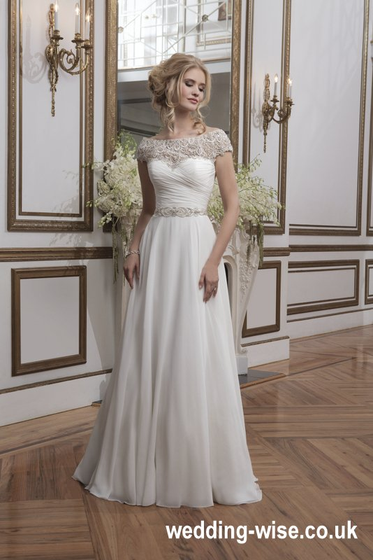chiffon type ball gown wedding dress