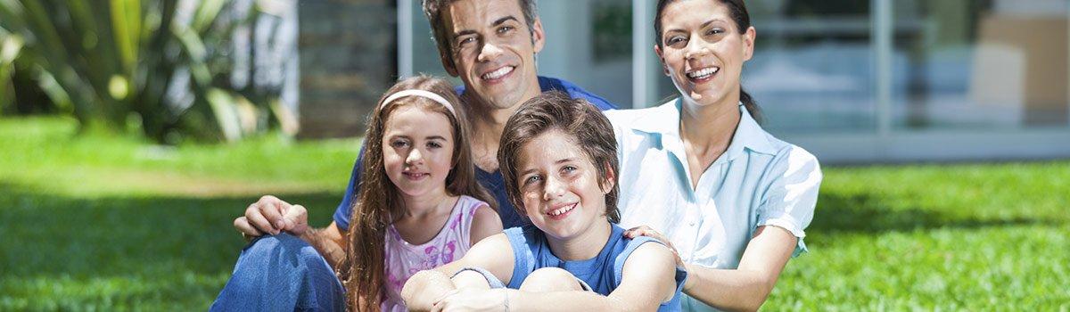 brownline chiropractic happy family