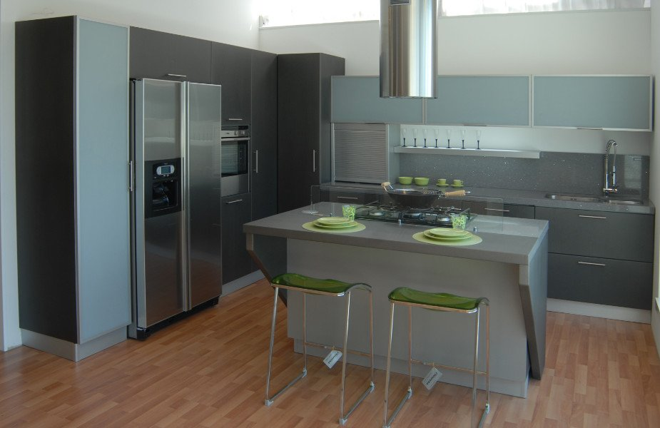 Penisola con piano cottura wt92 regardsdefemmes - Cucina con piano cottura angolare ...