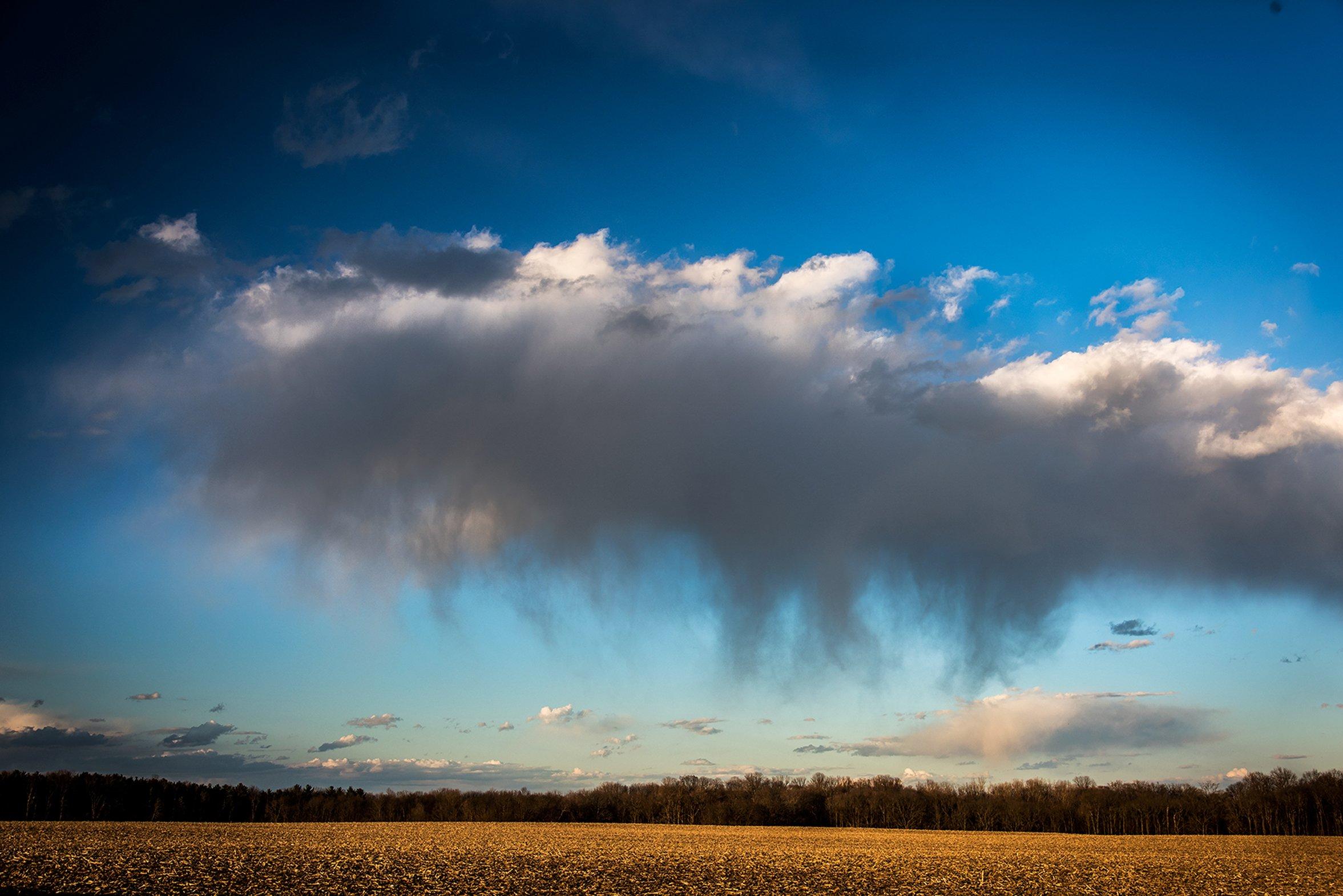 cloud reaching field