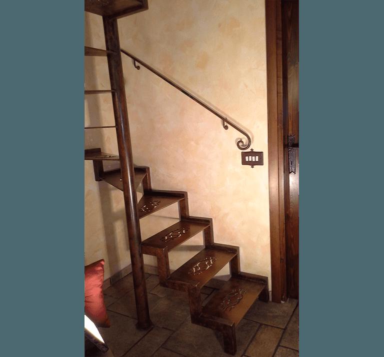scale a chiocciola in ferro battuto