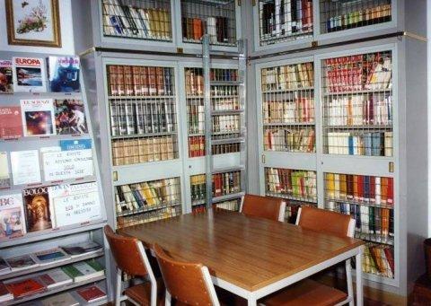 Biblioteca università terza età
