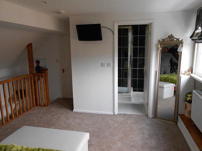 En-suite bedroom in loft