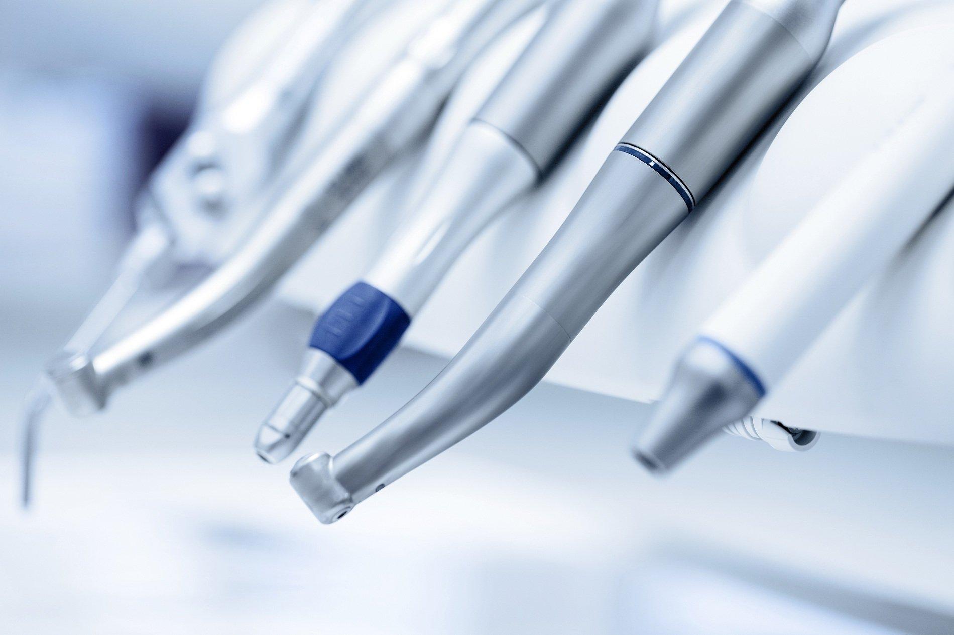 dettaglio attrezzature da dentista