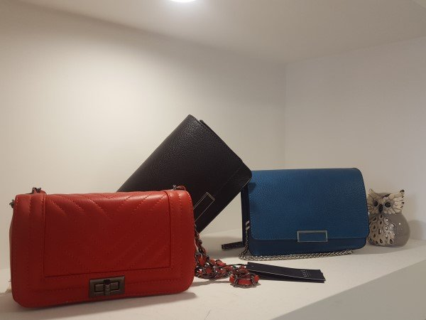 borse di diverso colore