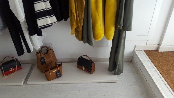 vestiti e borse