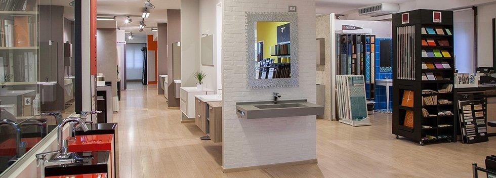 esposizione pavimenti rivestimenti e arredo bagno