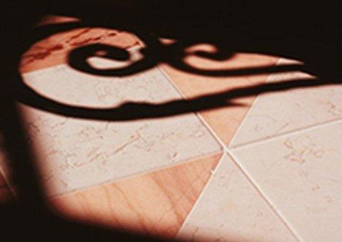 Pavimenti in ceramica marrone
