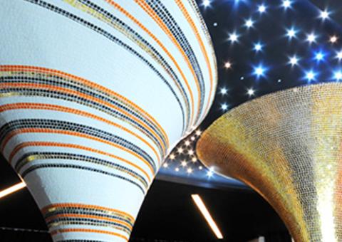 colonne in mosaico