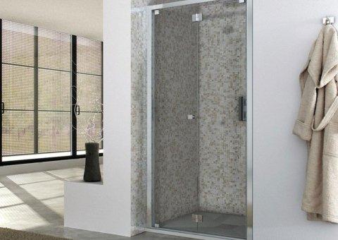 interno box doccia con mosaico