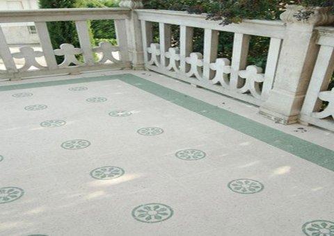 pavimento decorato