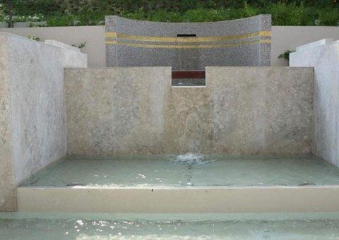Fontana in Blu Perla