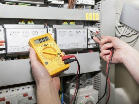 Azienda componenti elettrici