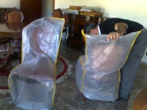 imballaggio mobili antichi