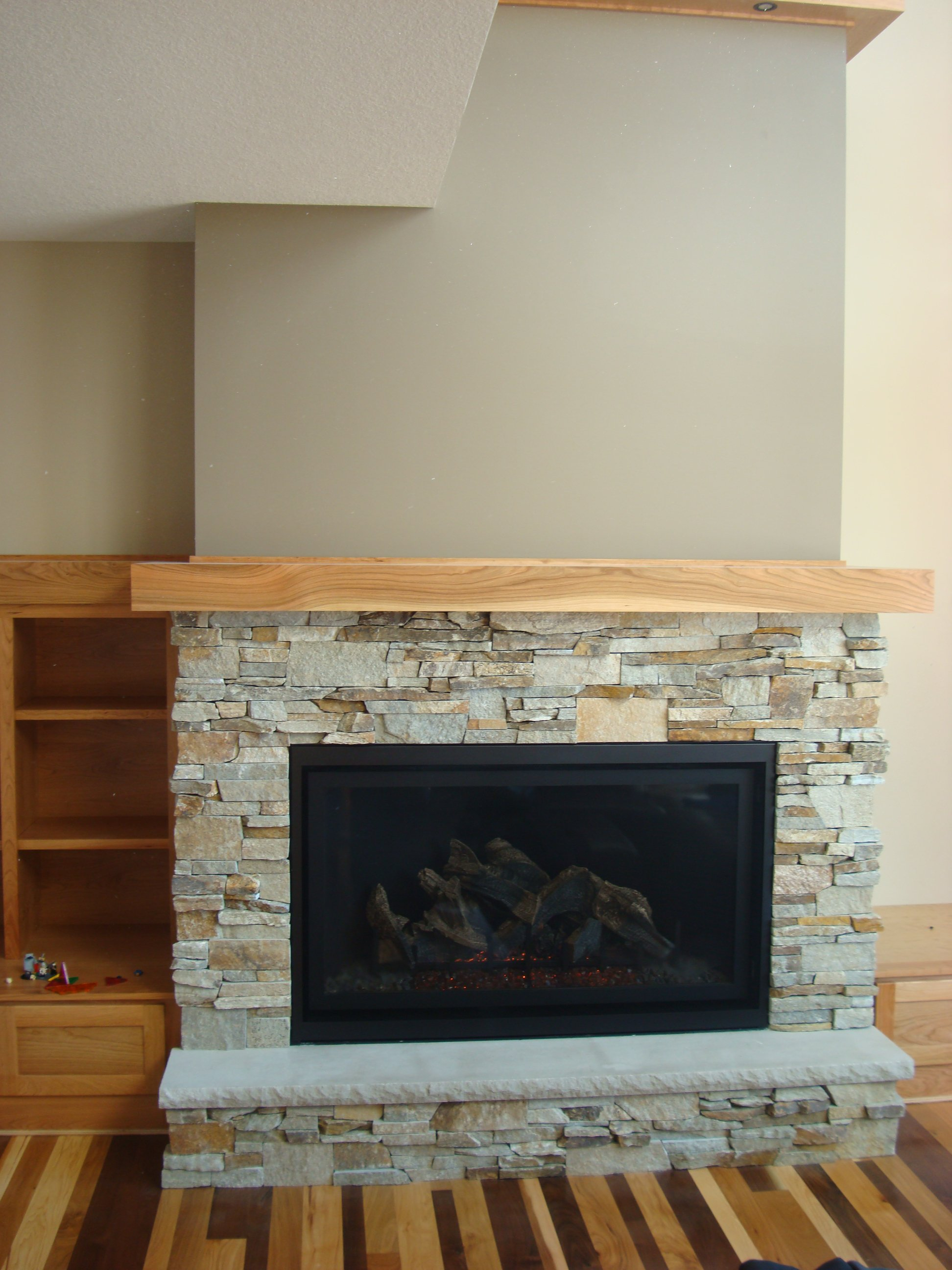 Stellar, gas fireplace, Viewpoint 48, VP48T, traditional fireplace