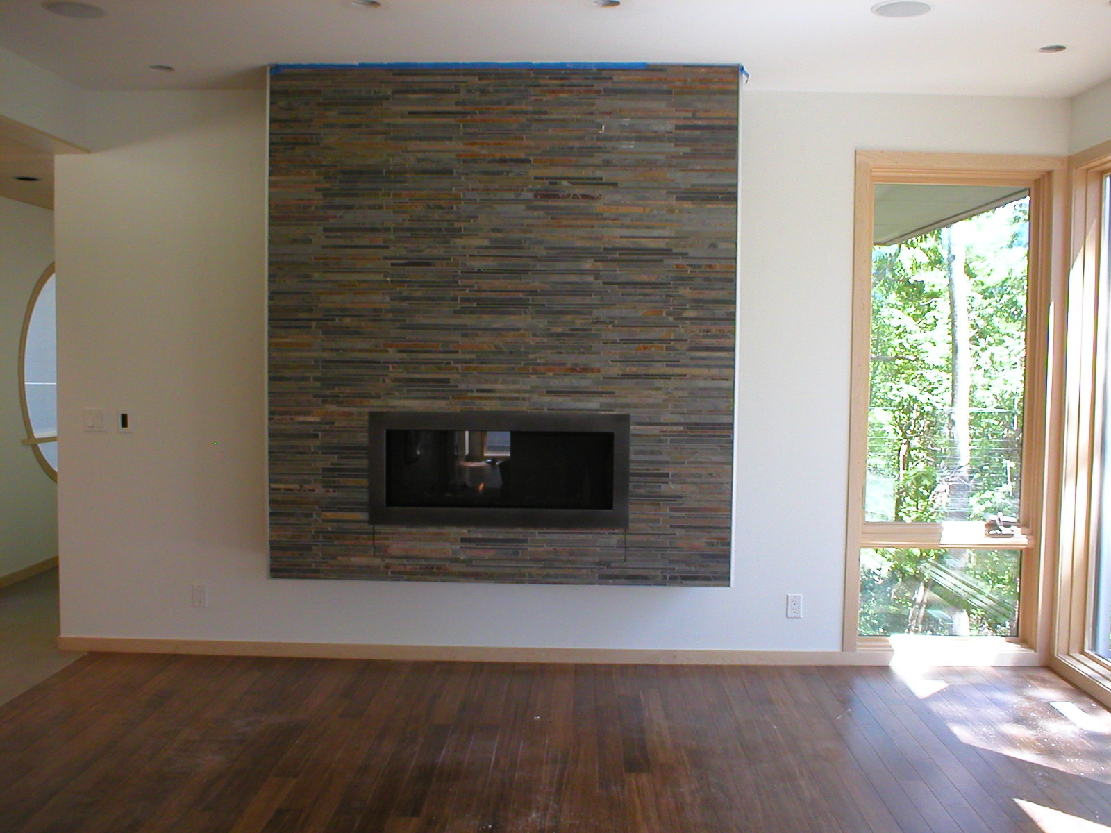 Contemporary Gas Fireplace - Kozy Heat