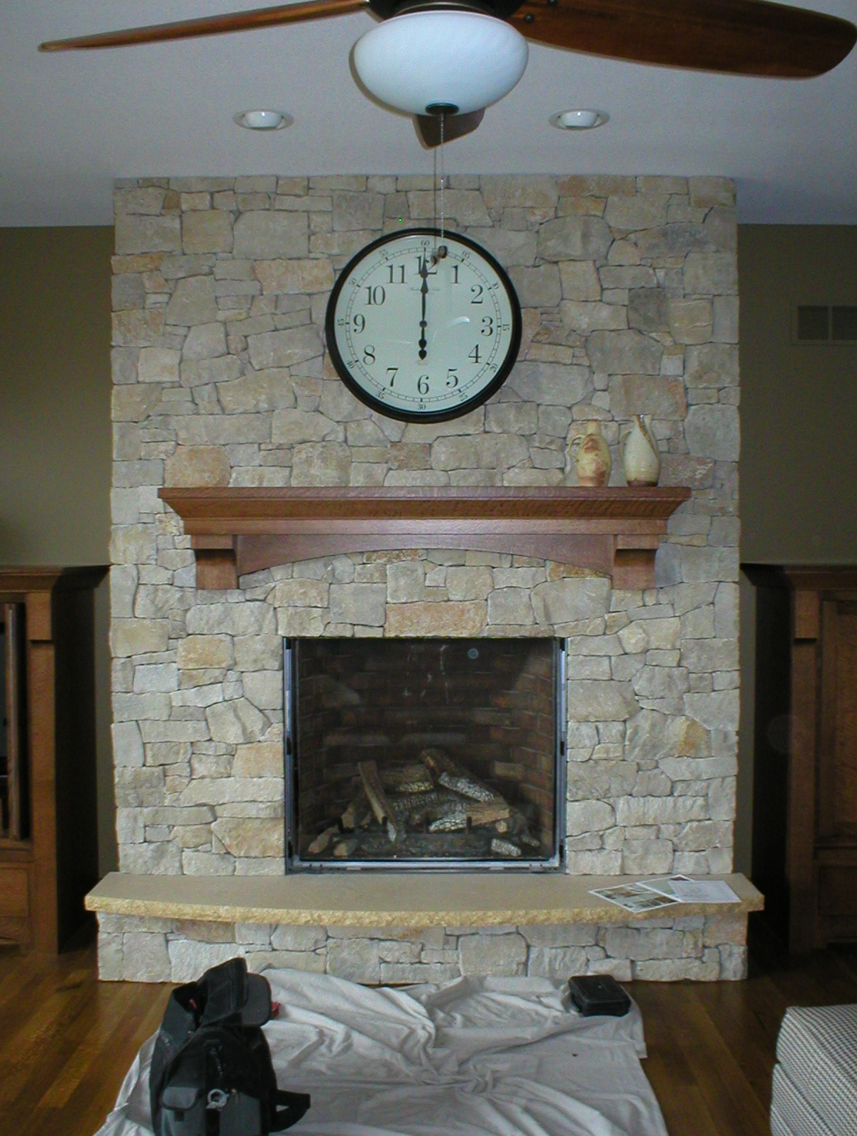 Traditional Gas Fireplace - Town & Country