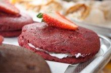 Bakery - Highgate, London - The Highgate Pantry - cream cookie