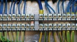 tecnici elettricisti, manutenzione impianti elettrici, manutenzione quadri elettrici
