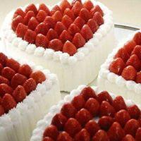 Cuori di crema e fragole