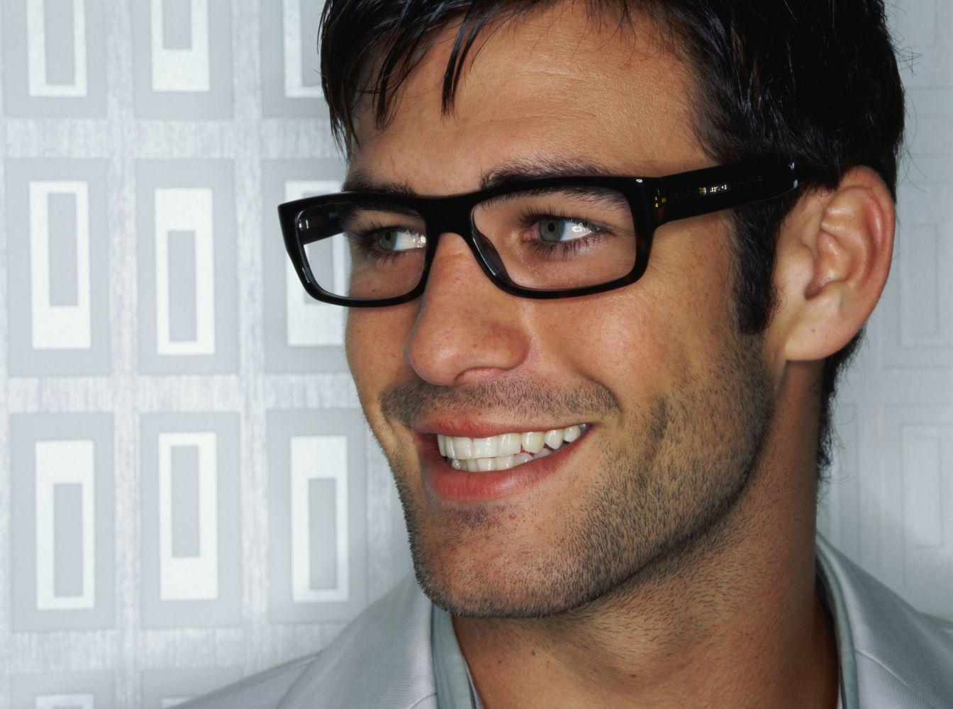 Man wears fashionable eyewear from eye doctor in Elko, NV