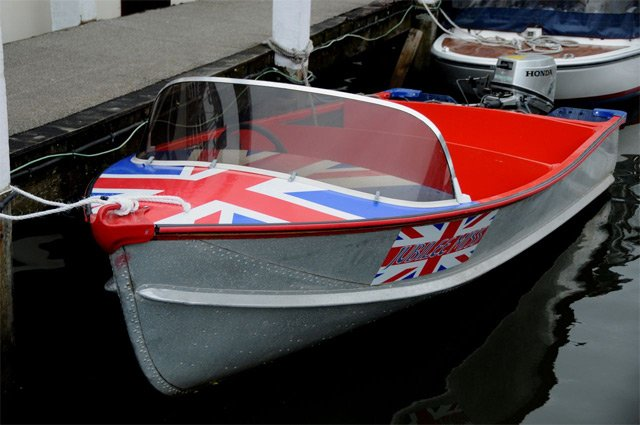 Pearly class launch with Union Jack