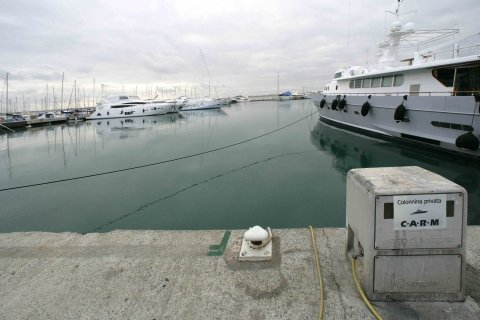 Carm - sea dock
