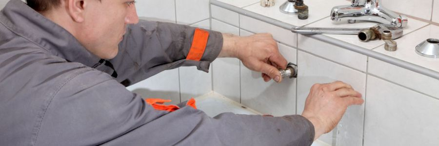 A man providing plumbing and gas servicing in Wairarapa