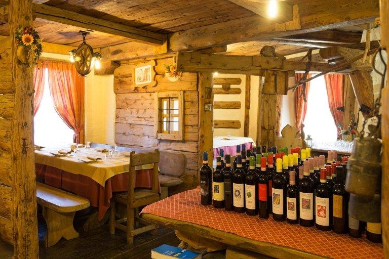 Ampia selezione di vini valtellinesi