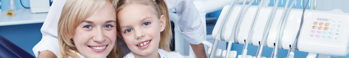 dental nurse and child patient