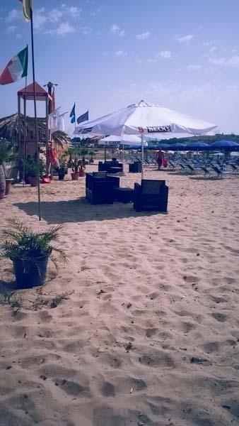 lido sulla spiaggia di menfi