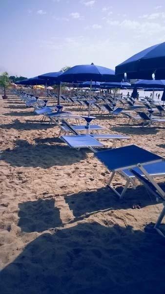 sdraio e ombrelloni spiaggia