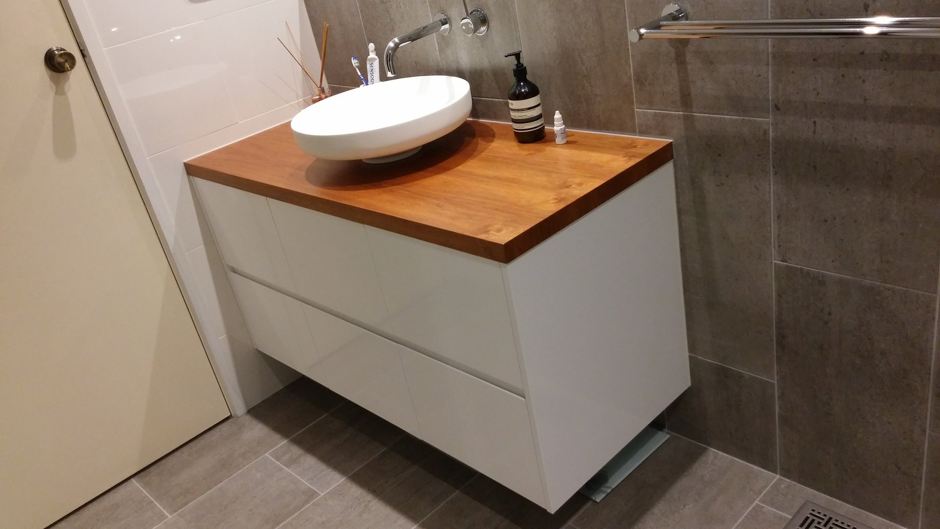 Custom Made Bathroom Vanity Units Melbourne vanities | melbourne | bayside bathroom & kitchen centre