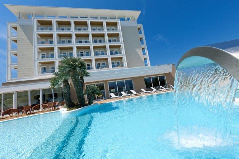 piscine esterne hotel