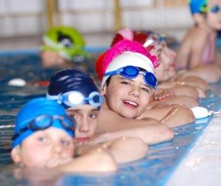 Scuola di nuoto per ragazzi