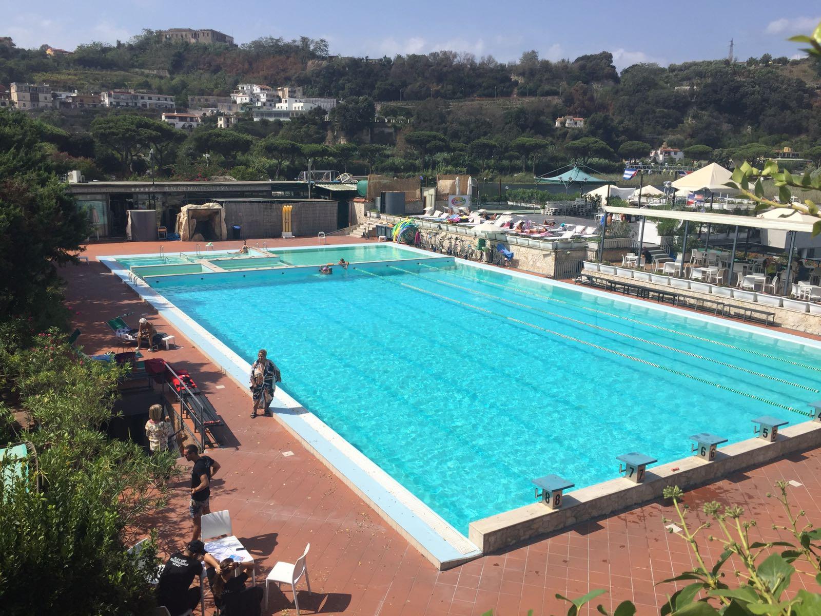 Il Villaggio Benessere Play Off Wellness Village a Pozzuoli, in provincia di Napoli, è il luogo ideale dove dedicarsi all'attività fisica e agli sport d'acqua e prendersi cura di corpo e mente.