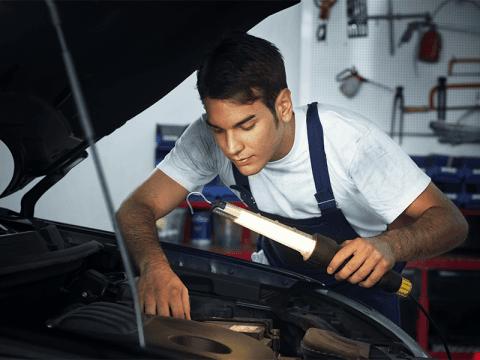 revisione motori auto