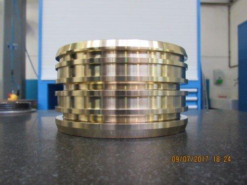 Cilindro metallico visto di lato