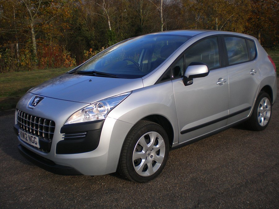 Peugeot 3008 1.6 HDi 112 Access sales
