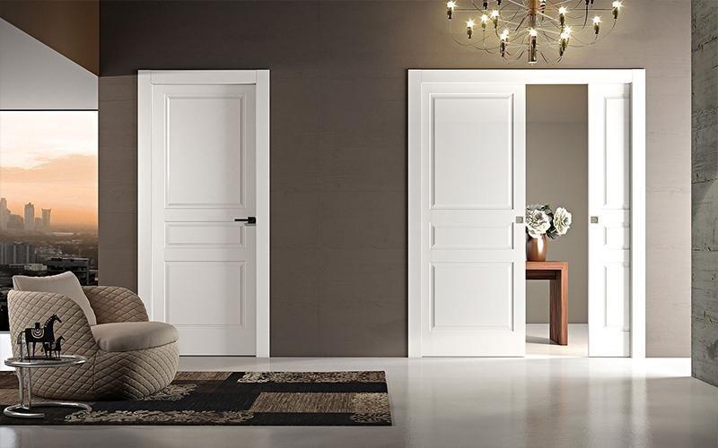 porte interne in legno bianche tradizionali