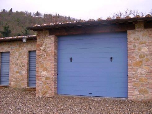 rivestimento in pvc blu garage
