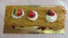 decorazione di torte, gelati. colombe e panettoni