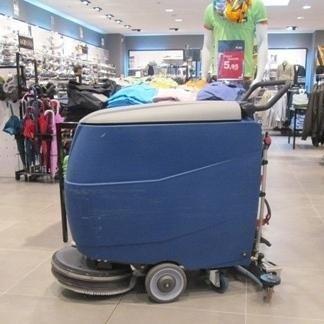 impresa d pulizia