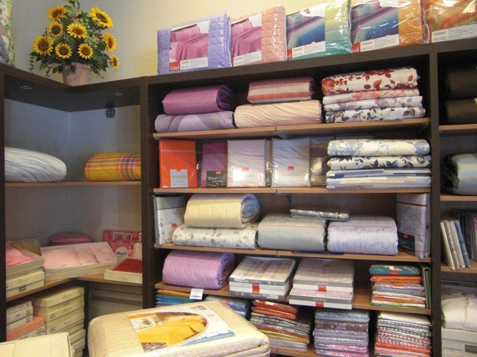 Assortimento lenzuola e accessori